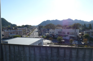 武蔵五日市の駅ホームからの眺め