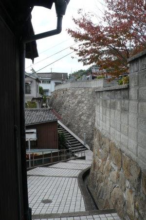 階段と石垣の町2