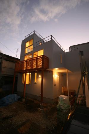 大井町の家・夕景