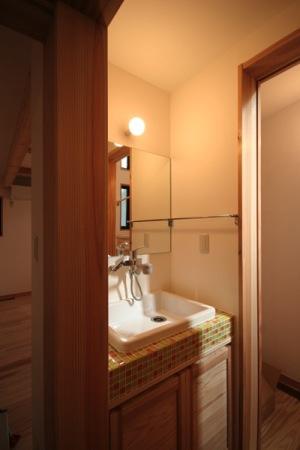 府中の家・手洗い